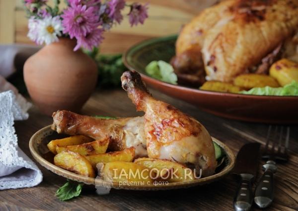 Фото картошки по-деревенски с курицей в духовке