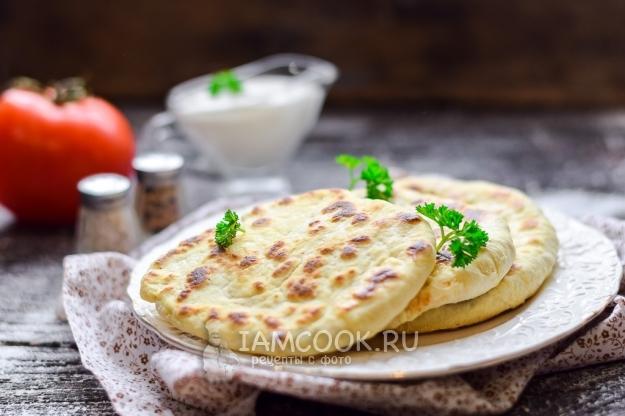 Рецепт лепёшек с адыгейским сыром на сковороде