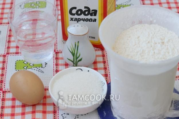 Ингредиенты для пышных оладий на воде и соде