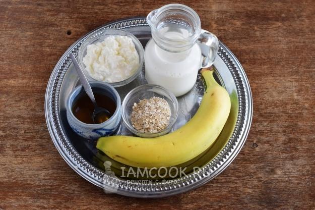 Ингредиенты для смузи с творогом и бананом