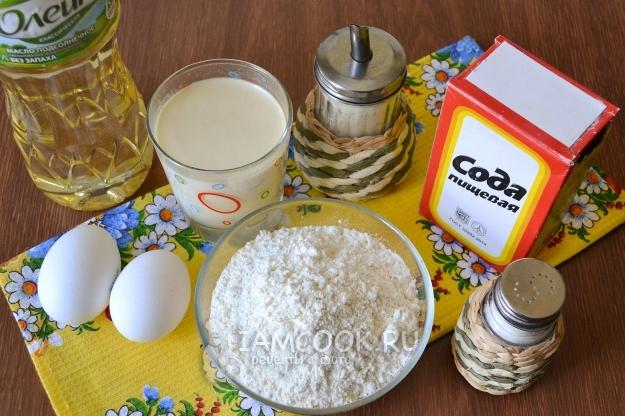 Ингредиенты для блинов на простокваше с дырочками