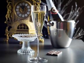 Реклама на шоколаде и шампанском