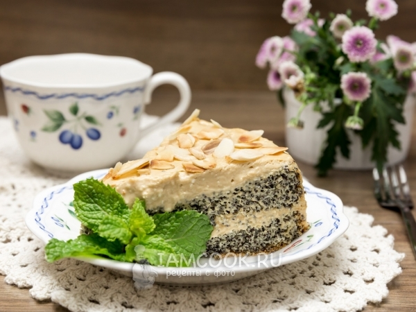 Маковый торт с кремом из вареной сгущенки — рецепт с фото пошагово