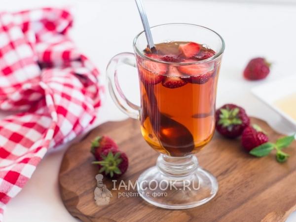 Чай с клубникой и мятой — рецепт с фото пошагово