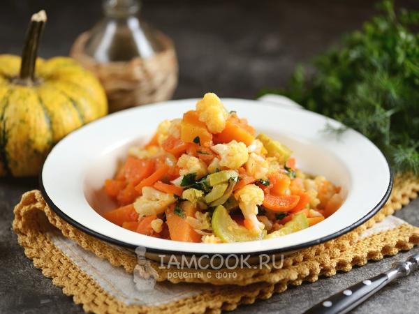 Рагу из тыквы с кабачком и цветной капустой — рецепт с фото пошагово