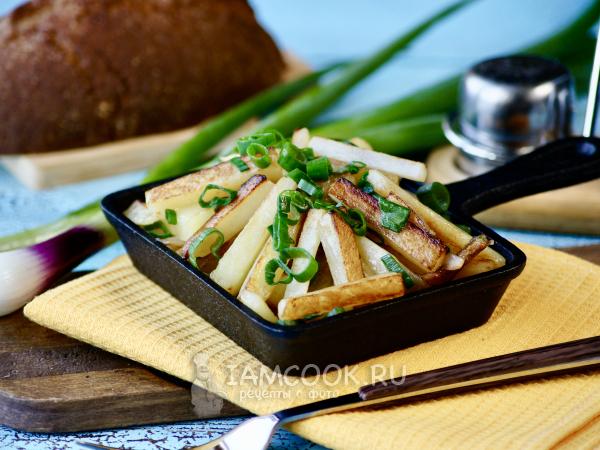 Жареная картошка с зеленым луком — рецепт с фото пошагово