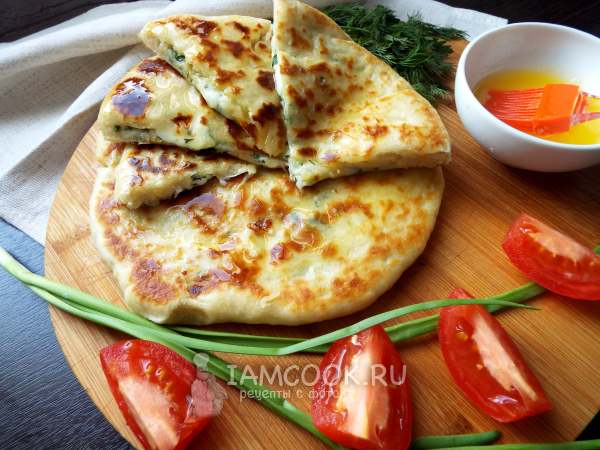 Хачапури с сыром и зеленью — рецепт с фото пошагово