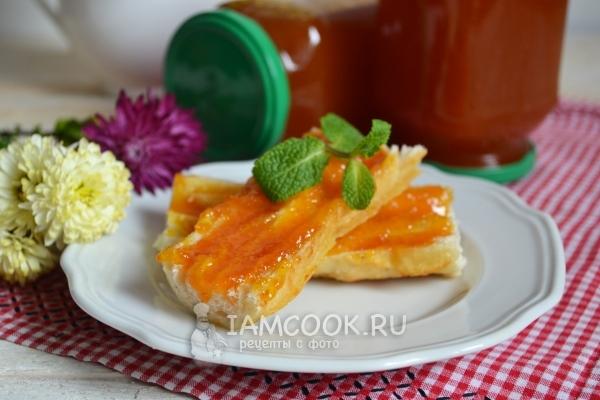 Фото яблочно-морковного пюре на зиму