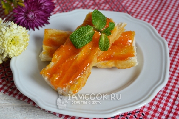 Готовое яблочно-морковное пюре на зиму