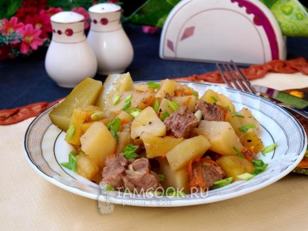 Фото тушёной картошки с мясом в духовке