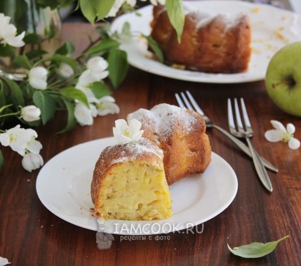 Фото кекса на кефире с яблоками