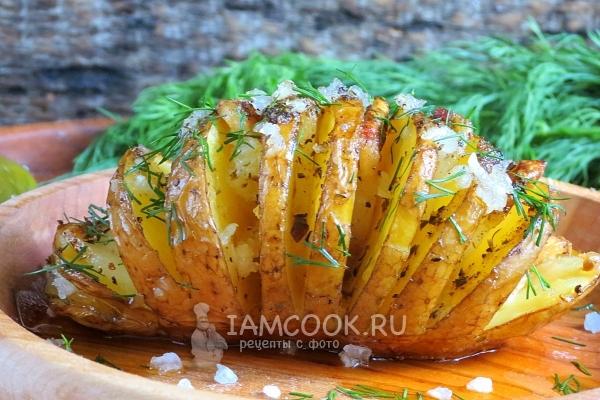 Рецепт картошки-гармошки с салом в духовке