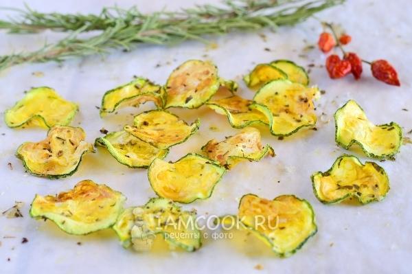 Фото чипсов из кабачков в духовке