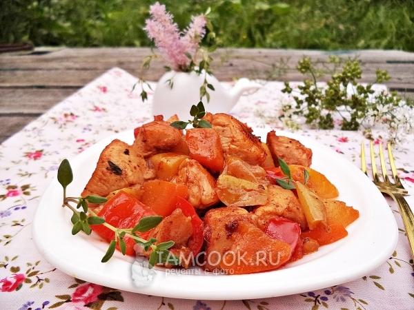 Фото овощного рагу с куриной грудкой