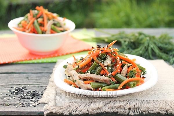 Салат цыпочка с фасолью и корейской морковью изоражения