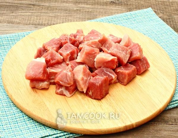 Порезать мясо