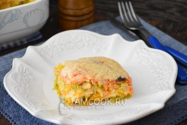 Фото запеканки с овощами, сыром и фаршем из индейки