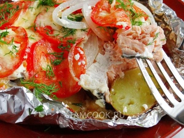 Рыба под овощами