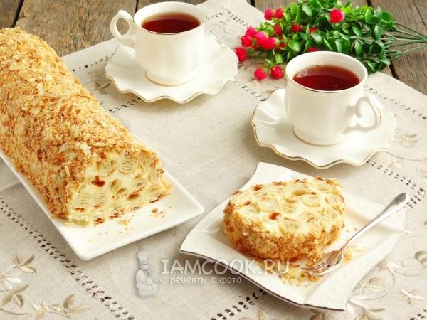 Торт «Полено» из слоеного теста со сгущенкой