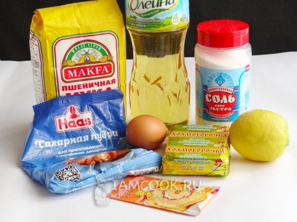 Ингредиенты для песочного печенья из шприца-дозатора