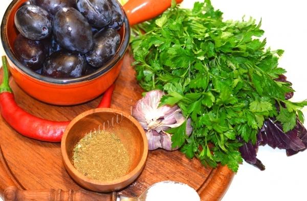Ингредиенты для соуса ткемали на зиму