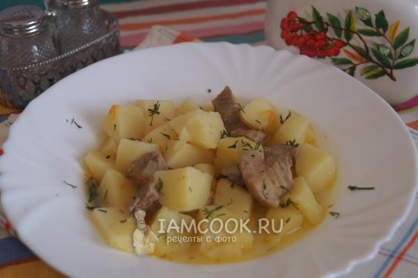 Фото картофеля тушеного со свининой и сливками