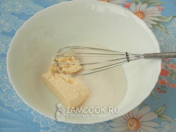 Сливочное масло и сахар
