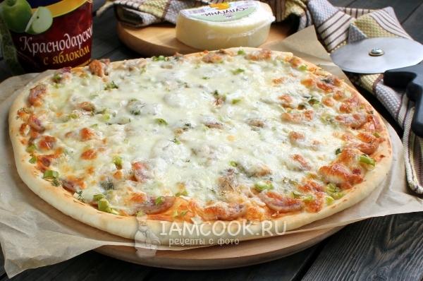 Фото пиццы с сыром сулугуни