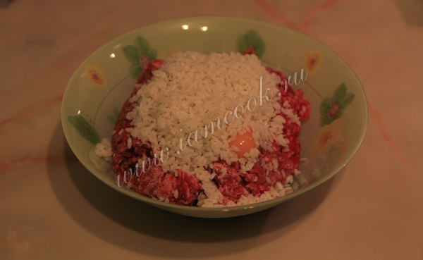 Рецепт приготовления ежики в сметанном соусе