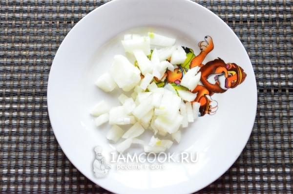 Салат с консервированной рыбой и сыром картинки