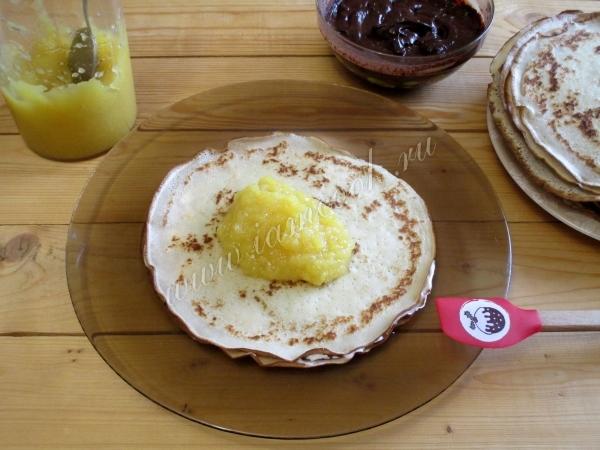Фруктовый слой торта Крепвиль