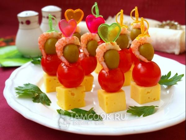 Десерты на Новый год 2019: новогодние простые и вкусные рецепты с фото