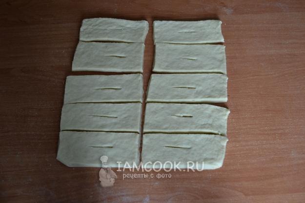 Порезать тесто на прямоугольники