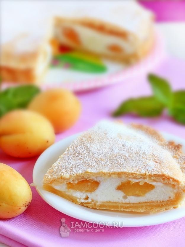 Рецепт пирога с абрикосами и белковой начинкой
