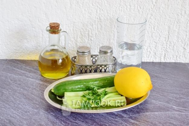 Ингредиенты для смузи из огурцов и сельдерея