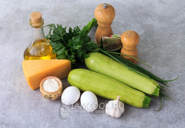 Ингредиенты для сырных хлебцев из кабачков