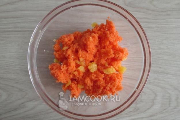 Соединить сок апельсина и морковь