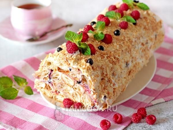Торт-рулет из слоеного теста — рецепт с фото пошагово