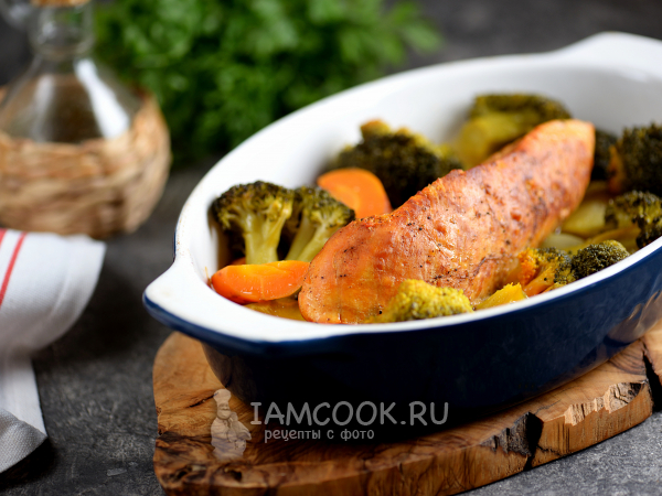 easy and healthy dinner : Turkey with broccoli in the oven