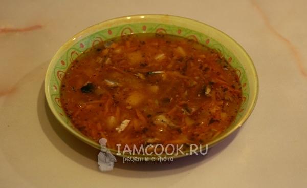 Суп из сайры консервированной с томатной пастой 10