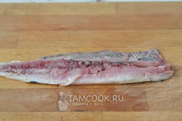 Вырезать филе рыбы