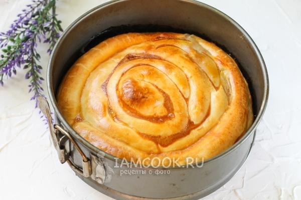 Готовый слоеный пирог «Улитка» с фаршем
