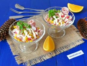 Салат из ветчины и крабов