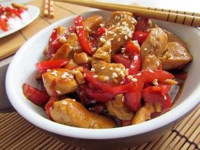 куриное филе с перцем болгарским и соевым соусом