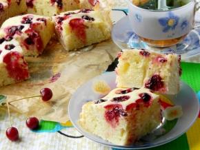 Вкусный пирог на молоке с ягодами — pic 4