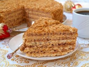 Как сделать вкусный торт из коржей 251