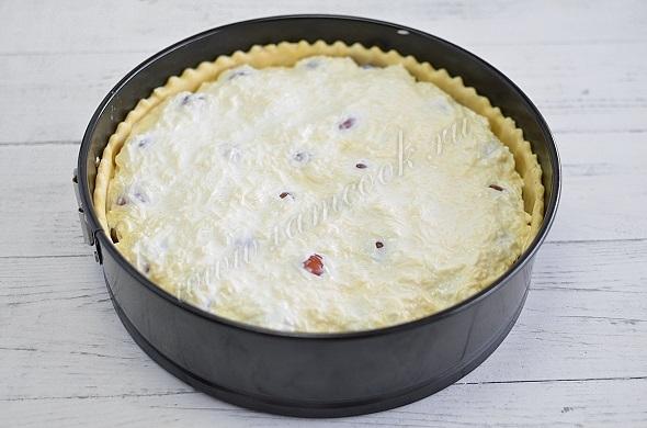 Залить пирог заливкой