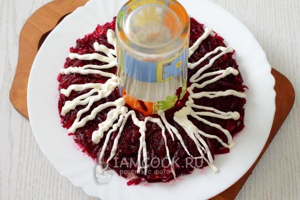 Салат Гранатовый браслет с курицей, пошаговый рецепт с фото