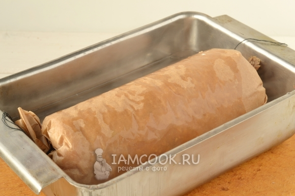 Запечь колбасу