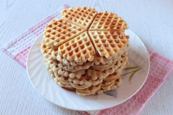 Как приготовить бельгийские вафли в вафельнице